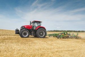 Case_IH_Optum_300_CVX_with_cultivator