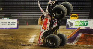 BKT MonsterJam Zombie