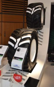 Nuevo neumático radial de Vredestein con un diámetro inferior a 1250 mm