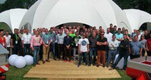 Distribuidores de Kverneland Group participan en cursos de formación sobre abonado y pulverización