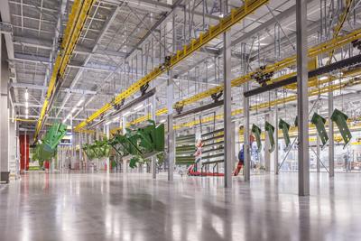 Amazone introduce el sistema de pintura por inmersión catódica en la fábrica de Hude