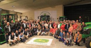 John Deere 100 años grupo