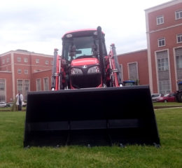Tractor Kubota M6040N