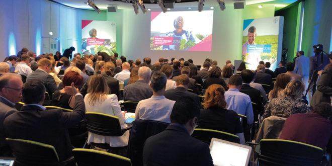 La sede central de Bayer acogió un encuentro sobre agricultura sostenible