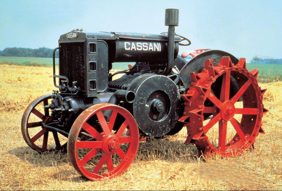 Primeros tractores agrícolas con motores diesel.
