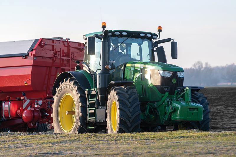 Neumáticos Vredestein en tractores John Deere