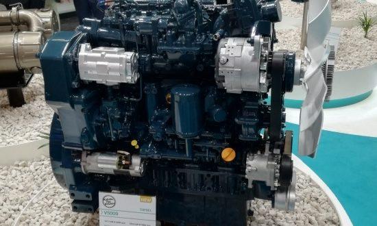 El motor Kubota V5009 galardonado con el Diesel of the Year 2019 (DOTY) en Bauma 2019 (Múnich, Alemania).