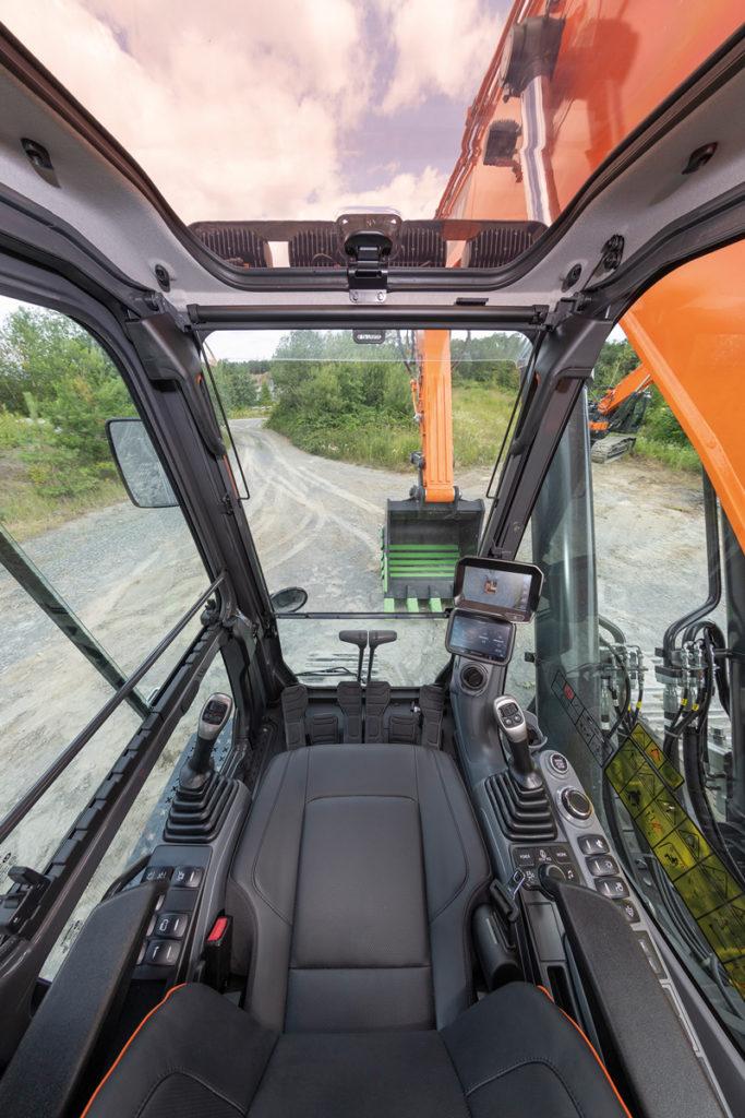 Doosan DX300 DX35 DX380 - interior