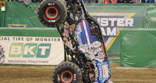 BKT MonsterJam