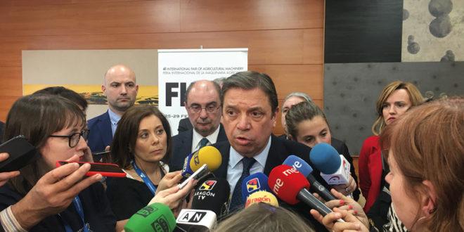 Luis Planas anuncia medidas para el sector