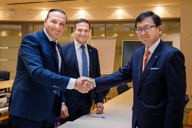 Hermanos Ubaldi, propietarios de ROC y Shingo Hanada, Presidente & CEO de Kverneland Group