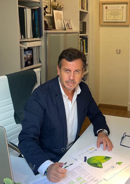 Carlos León, coordinador del Symposium Sanidad Vegetal , y vicepresidente del COITAND